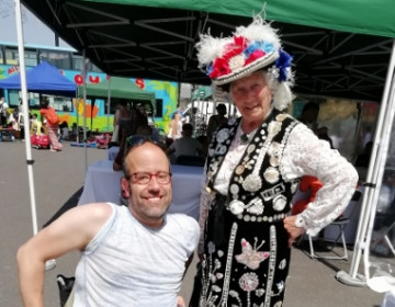 A Shoreditch Trust volunteer meets the Pearly Queen